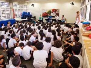 Quinta Essentia e seu trabalho nas escolas